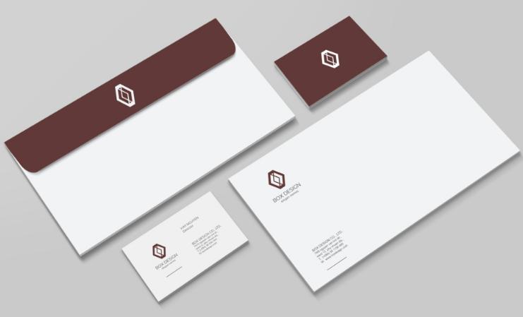 在制作信封的时候,为了使信封更受欢迎,得到良好的销量,印刷的纸张选择就很重要。牛皮纸做信封印刷是我们最常见的。企业可根据自身需求,选择适宜自己的信封用纸,比如双胶纸信封生产成本较低,牛皮纸韧性较大,铜版纸价格较高,但印刷效果较好等等,从前信封印刷都是使用简单的纸张,但是目前需要根据信封规格来选择合适的印刷材料来保证印刷的质量。此外就是要选择一些能体现不同的质感的纸张,这样信封制作会更受大家的欢迎。 信封的开封方式有很多种,中式信封为短边开口,西式信封为长边开口,菱形信封主要装载贺卡,档案袋信封边上有2-4